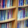 本を捨てると本棚スッキリ!片付け上手になるキレイが続く本棚整理のコツ